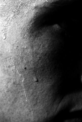 sweat-7_l